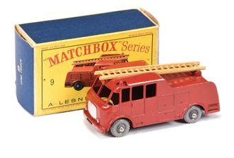 Matchbox Regular Wheels 9c Merryweather Marquis Fire Engine -
