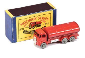 "Matchbox Regular Wheels 13b ERF Tanker ""Esso"""