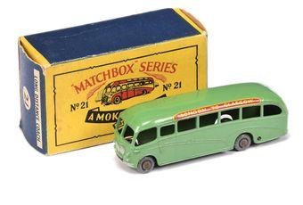 Matchbox Regular Wheels 21b Bedford Duple Luxury Coach