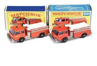 Matchbox Regular Wheels 2 x 29c Fire Pumper Truck