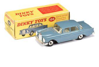 Dinky 186 Mercedes 220SE - greyish blue body