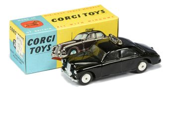 "Corgi 209 Riley Pathfinder ""Police"" Car - black body"
