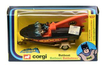 "Corgi 107 ""Batman"" Batboat on Trailer (2nd Issue)"