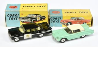 Corgi a boxed pair (1) 214 Ford Thunderbird