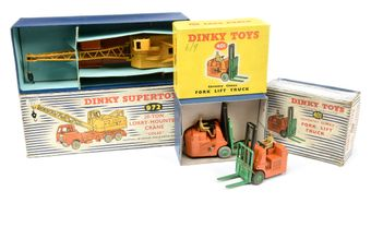 Dinky a boxed pair