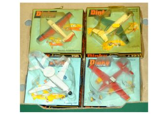 Dinky Aircraft group (1) 717 Boeing 737 - white/blue -
