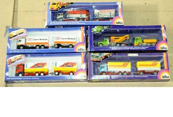 Siku a boxed group (1) 3421 Box Van and Trailer