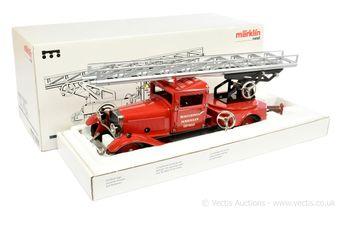 Marklin 1991 tinplate clockwork Turntable Fire Escape Fire Engine
