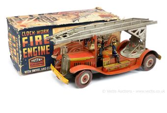 Mettoy 3110 large tinplate clockwork Fire Engine - red