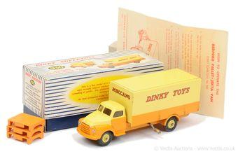"Dinky 930 Bedford Pallet Jekta ""Dinky Toys"" Delivery Van"