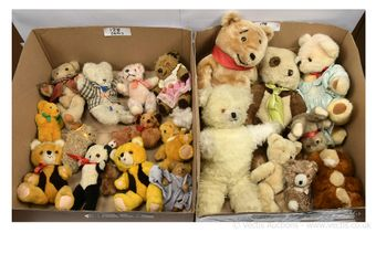 Collection of vintage teddy bears: Mary Meyer light brown mohair
