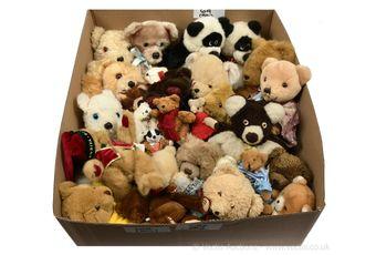 Assorted plush teddy bears: Merrythought; Russ Berrie; Dandee
