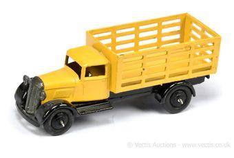 Dinky 25f (Type 4) Market Gardener's Truck