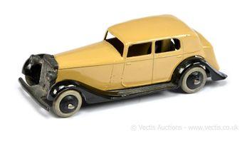 Dinky 30c (Type 3) Daimler - tan body