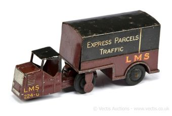 Dinky 33r Pre-war Mechanical Horse and Trailer