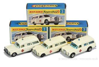 Matchbox Superfast 2 x 3a Mercedes Benz Binz Ambulance