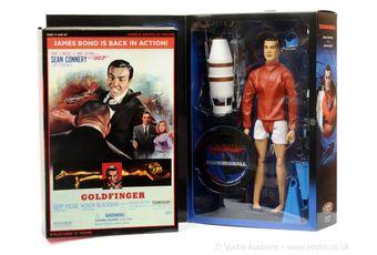 "Sideshow ""James Bond"" a pair (1) ""Odd Job"" in"