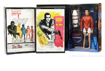 "Sideshow ""James Bond"" group of 3 (1) ""Dr No"" - James Bond;"