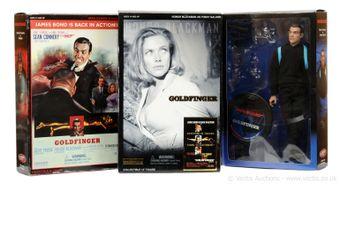 "Sideshow ""James Bond"" - a group of 3 ""Goldfinger"" (1)"