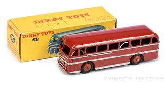 Dinky 282 Duple Roadmaster Coach