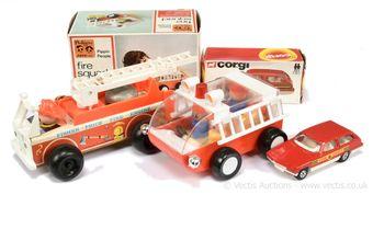 "Pedigree Pippin Toys ""Fire Squad"""