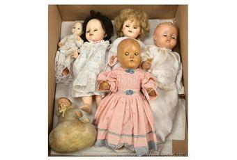 Hard plastic and vinyl six x vintage dolls: (1) SGDG