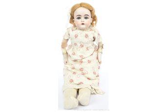 J D Kestner jnr bisque shoulder head doll, German, c1885