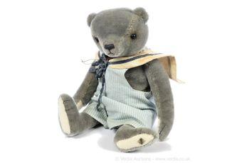 Nadja Bears Lafayette artist designed teddy bear