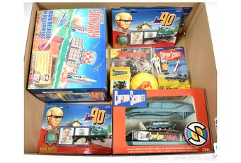 Gerry Anderson collectables x fifteen