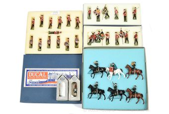 Ducal Traditional Military Figures, comprising: Set