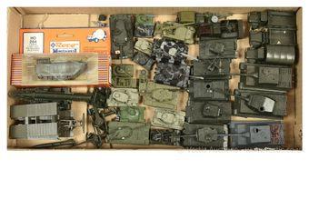 Roco Minitanks & Similar Makers - Austria