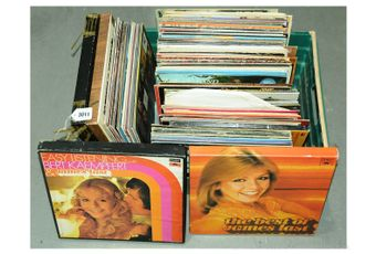 """Quantity of 12"""" vinyl Albums which covers genres such as Easy"""