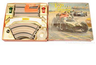 Victory Industries VIP Raceways Slot Car set
