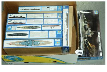 Trumpeter a boxed group of 1/700th scale plastic model Warship