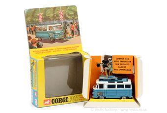 "Corgi 479 Commer Van ""Samuelson Film Service Limited"""