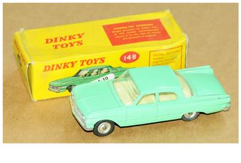 Dinky a boxed 148 Ford Fairlane in pale green, silver trim