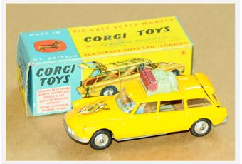 Corgi a boxed 436 Citroen Safari ID19