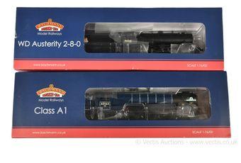 Bachmann OO Gauge BR Steam Locos comprising 32-261 2-8-0 black