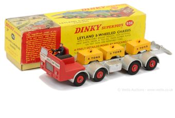Dinky 936 Leyland 8-wheeled Chassis