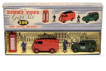 Dinky 299 Gift Set