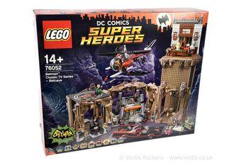Lego DC Comics Super Heroes set number 76052 Batman Classic TV
