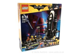 Lego The Batman Movie set number 70923 The Bat-Space Shuttle,