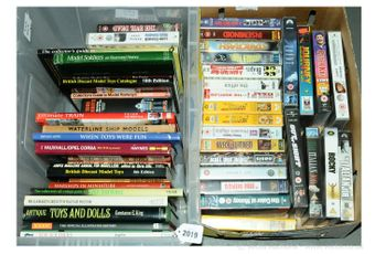 A quantity of soft backed and hard backed collecting books along