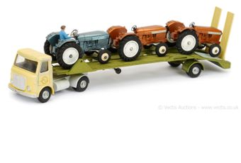 Dinky pre-production 930 AEC Tractor Transporter