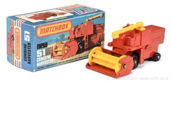Matchbox Superfast 51e Combine Harvester - red body