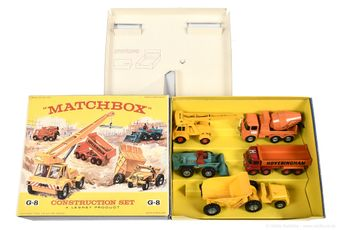 Matchbox King Size G-8 Construction Vehicle gift set containing
