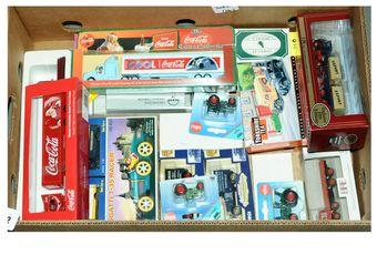 Corgi, Base-Toys, EFE
