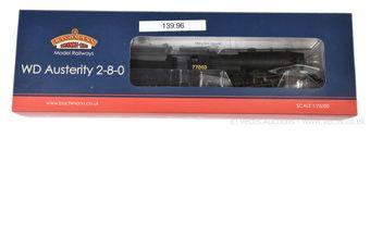 Bachmann OO Gauge 32-254A 2-8-0 unlined black WD Austerity Class