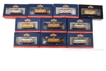 Bachmann OO Gauge Tank Wagons comprising 7 x collectors club